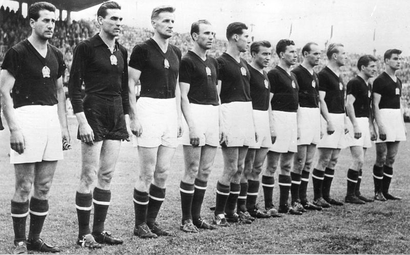 The Golden Team without Puskás, semi-final match in Lausanne, 30 June 1954, Hungary-Uruguay (4:2).